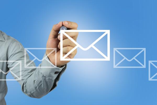 お申し込み後48時間以内に確定メールが届きます